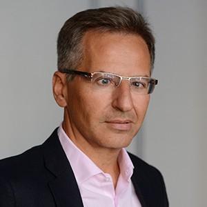 photo of Martin Uribe